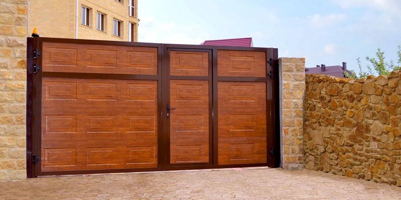 Распашные ворота: как подобрать оптимальные конструкции для разных домов (110 фото)